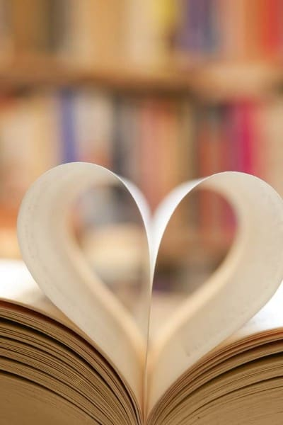 If you're looking for a creative date night idea - one that happens to be budget friendly as well - then look no further than the library date night!