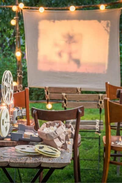 backyard movie theater for outdoor movie date night